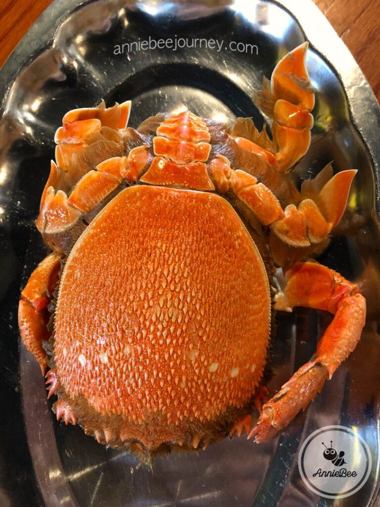 Steamed Huynh De crab in Quy Nhon, Vietnam